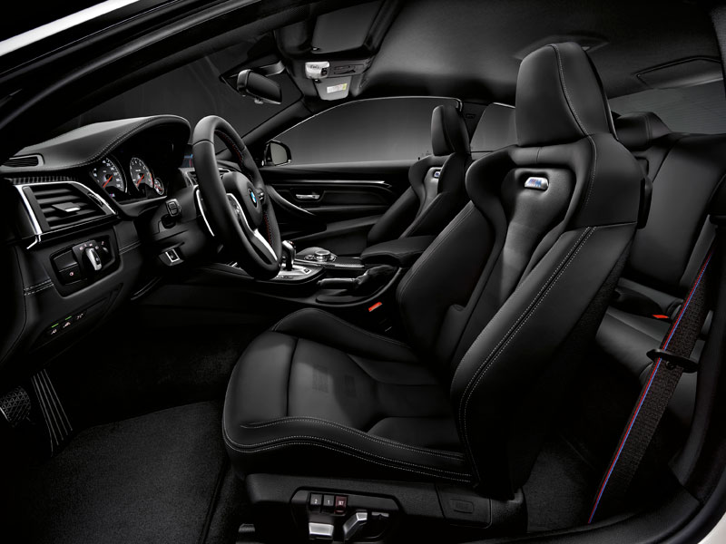 BMW M4 pack competición interior Luxabun