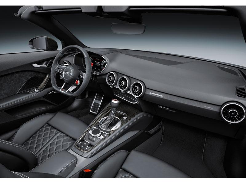 Audi RS TT Roadster interior volante lateral Luxabun