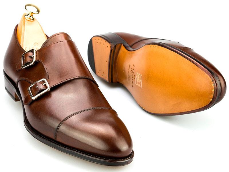 Carmina zapato de doble hebilla marrón lateral tumbado Luxabun