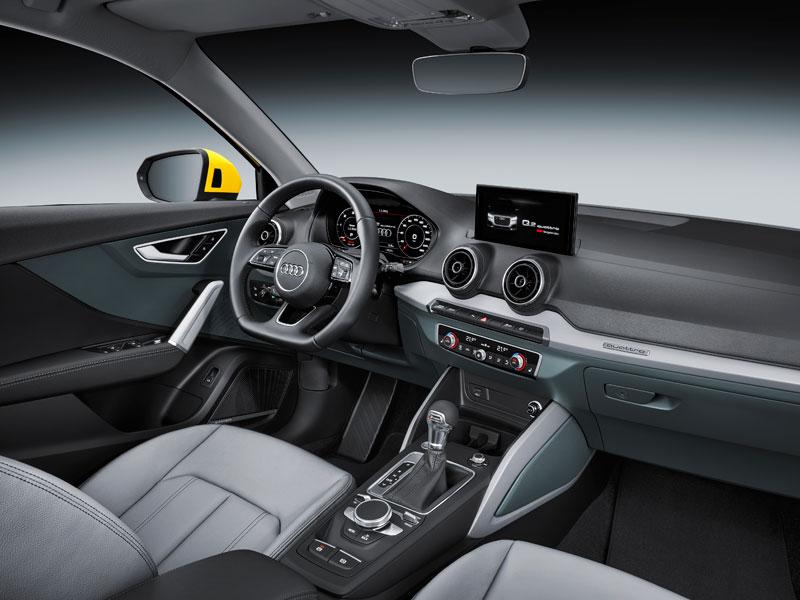 SUV Audi Q2 2.0 TDI quattro interior lateral Luxabun