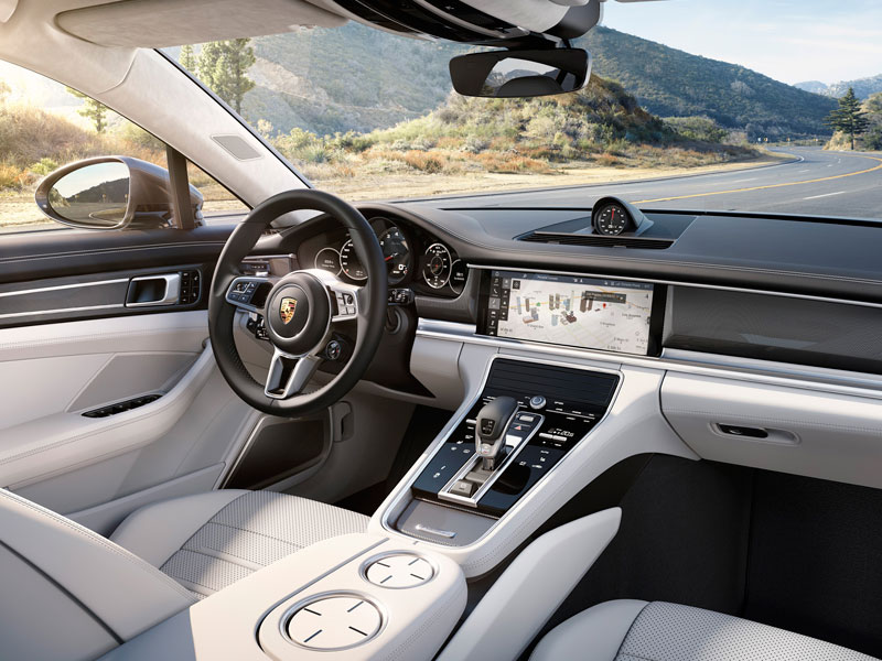 Porsche Panamera Turbo interior Luxabun