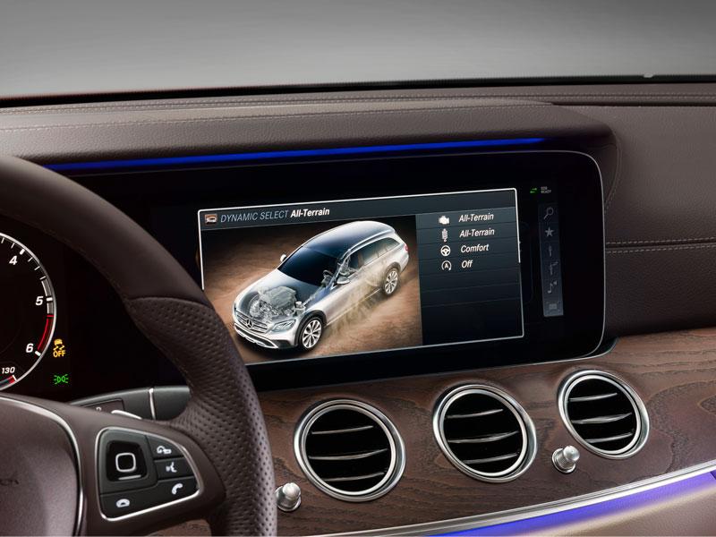 Mercedes Clase E All Terrain pantalla Luxabun