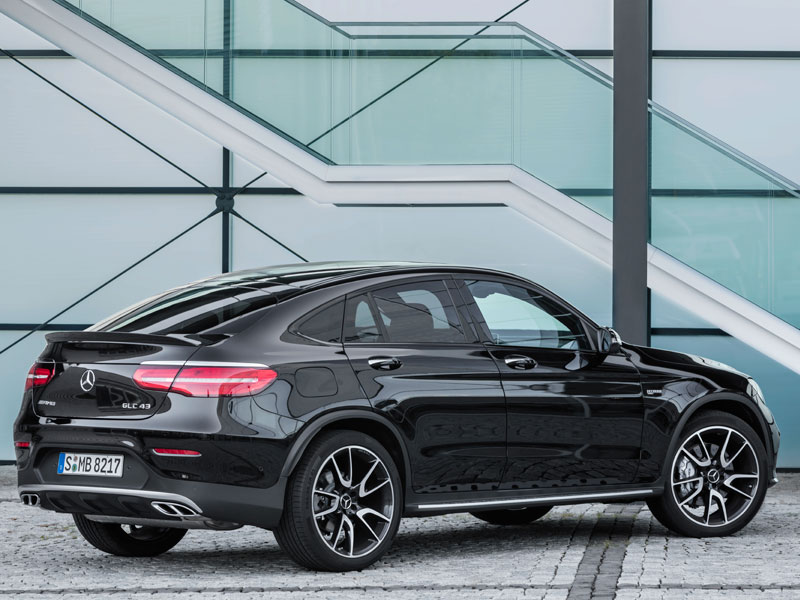 Mercedes GLC Coupé 43 AMG 4MATIC lateral trasera Luxabun