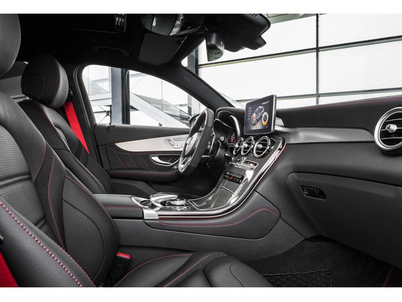 Mercedes GLC Coupé 43 AMG 4MATIC interior acompañante Luxabun