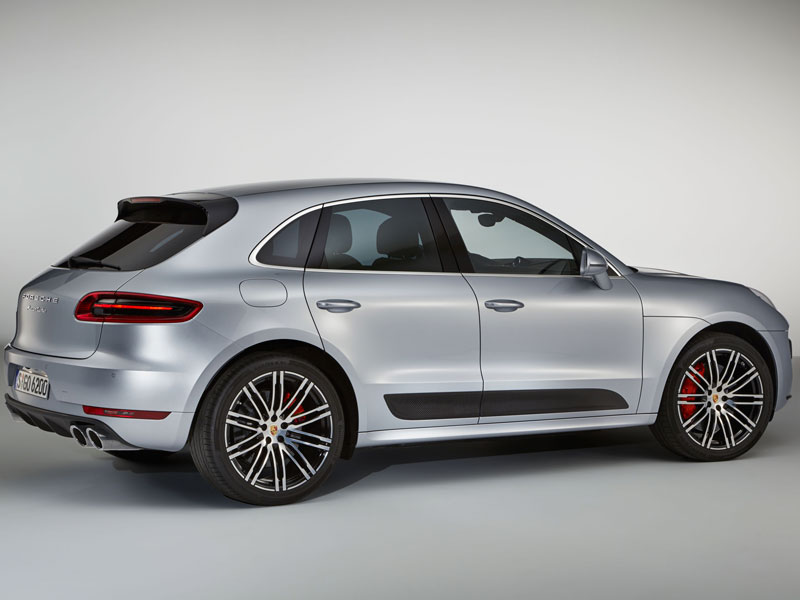 Porsche Macan Turbo performance package lateral trasera Luxabun