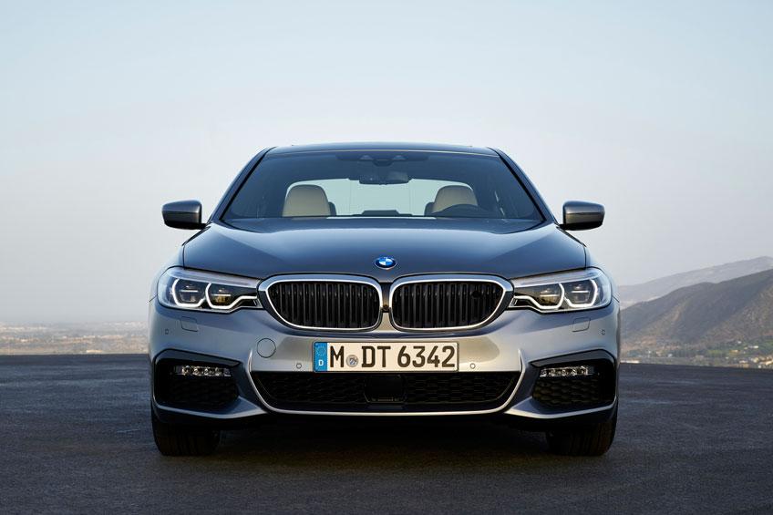 Nuevo BMW Serie 5 2017 frontal Luxabun