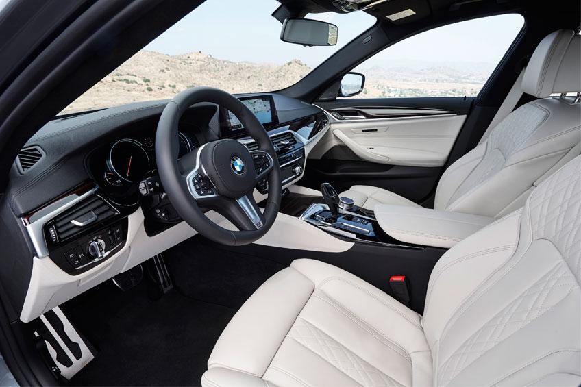 Nuevo BMW Serie 5 2017 interior 2 Luxabun